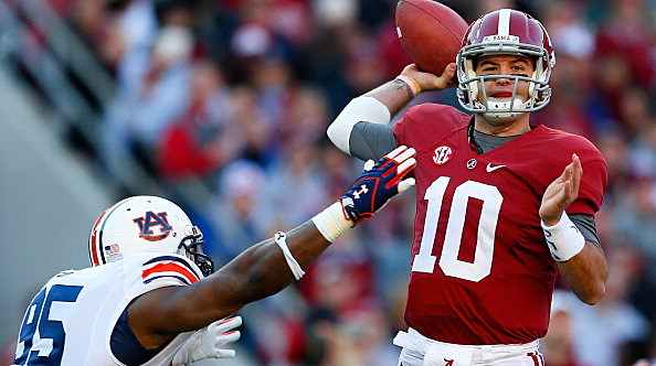 AJ McCarron #10 of the Alabama Crimson Tide
