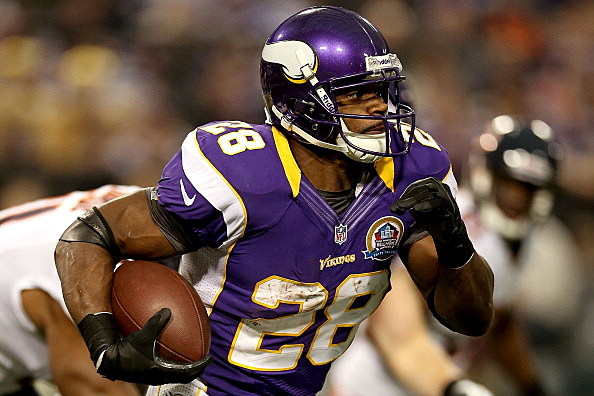 Adrian Peterson #28 of the Minnesota Vikings