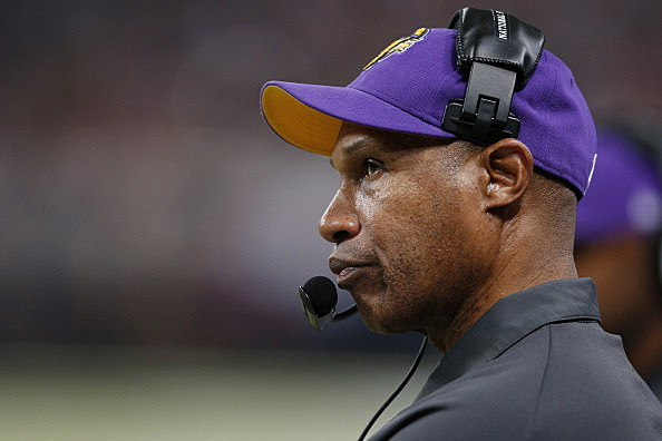 Head coach Leslie Frazier of the Minnesota Vikings