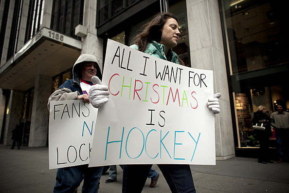Hockey Fans Protest Outside NHL Offices