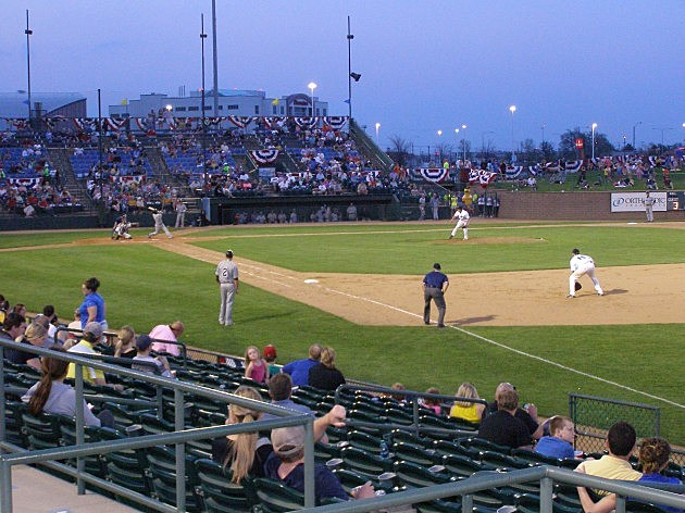 Sioux Falls Canaries vs Sioux City Explorers 05-17-2013