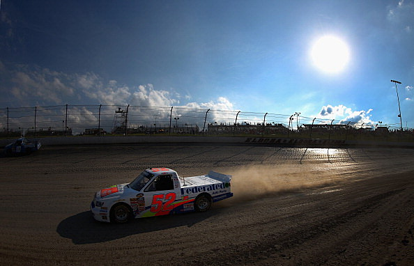 Nascar Back at Dirt Track For