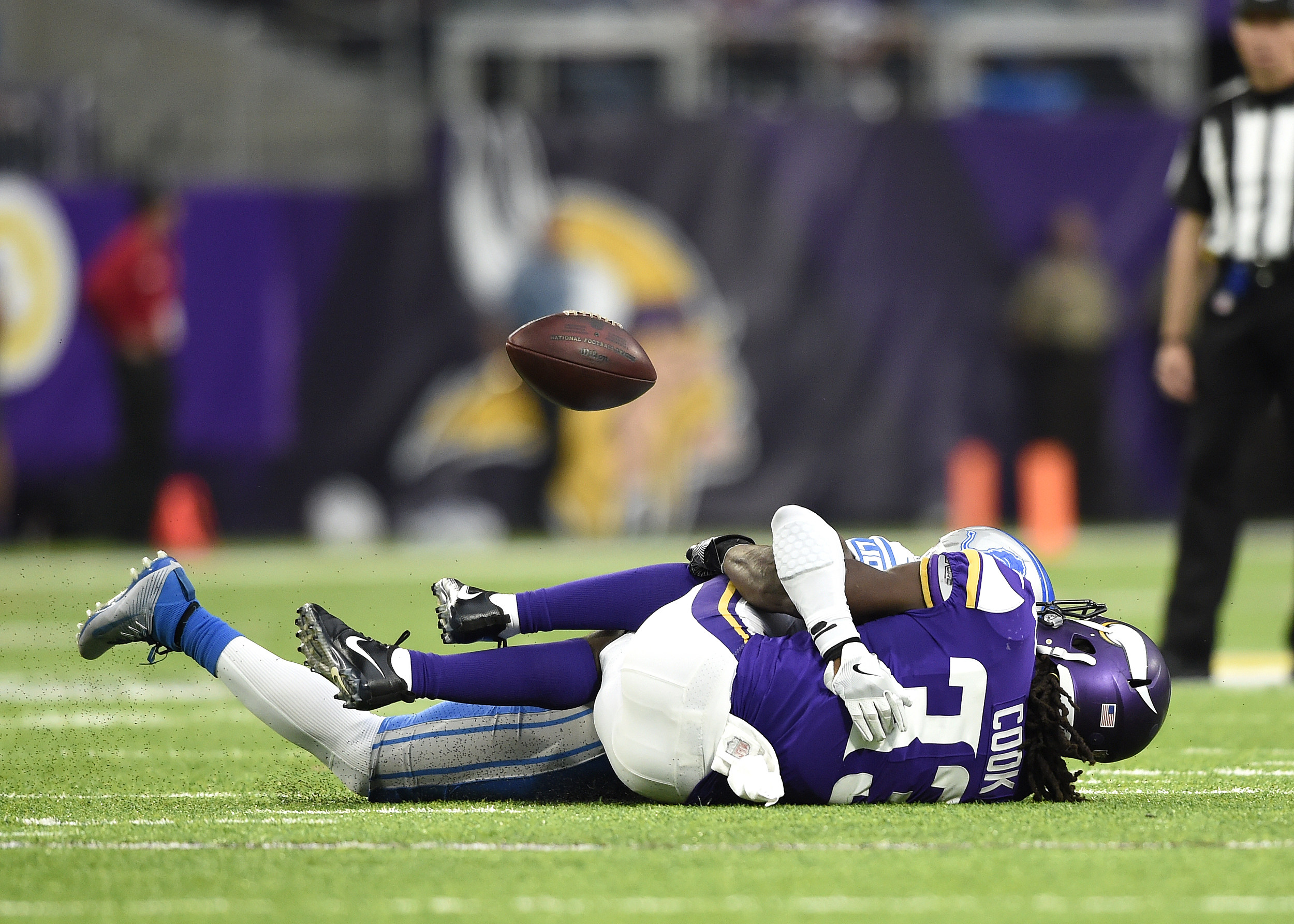 Dalvin Cook out following non-contact knee injury